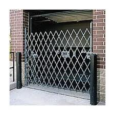 Industrial Warehouse loading Dock Security Door Accordion Gates